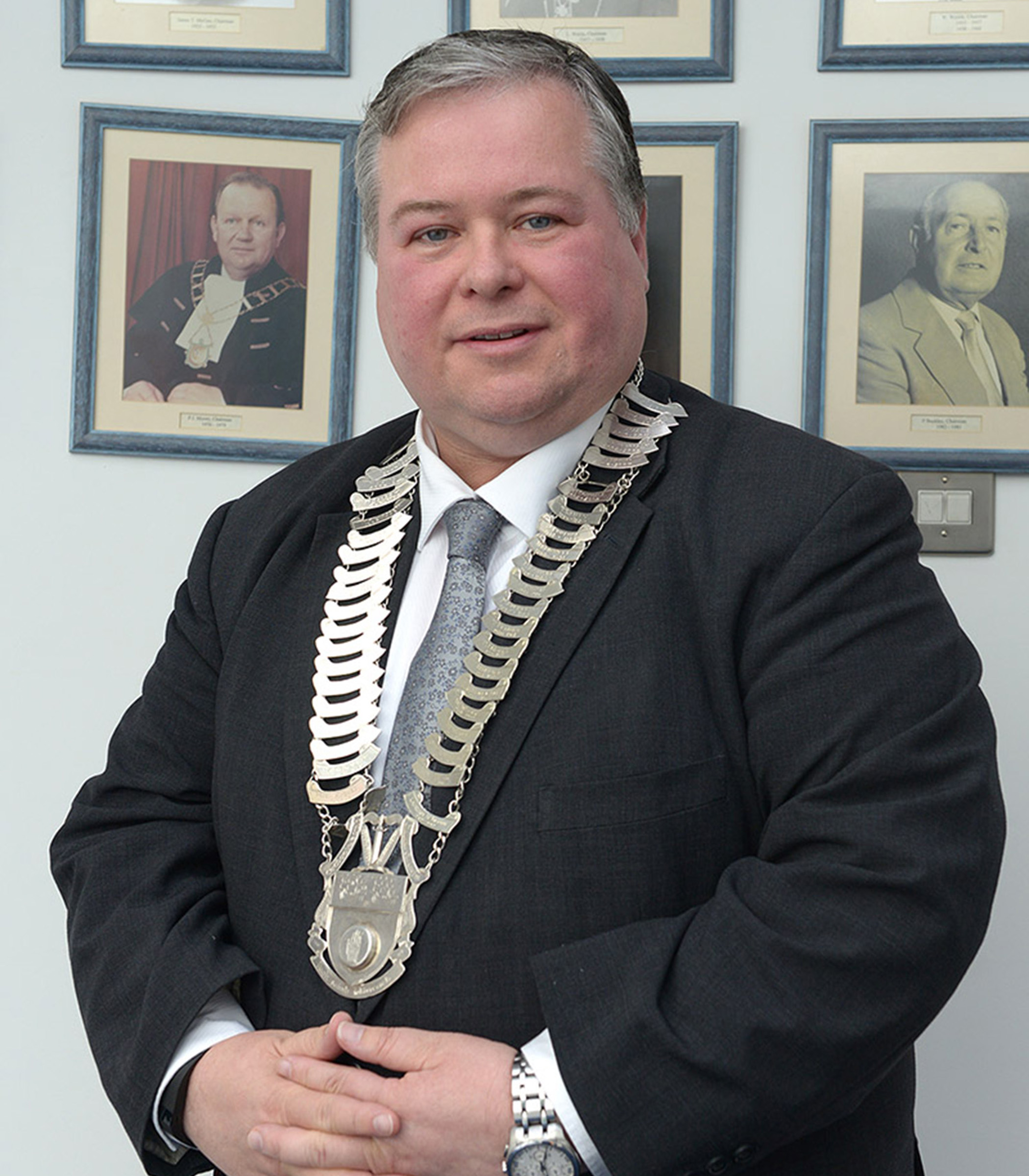 Cllr Paul Bell with Chains